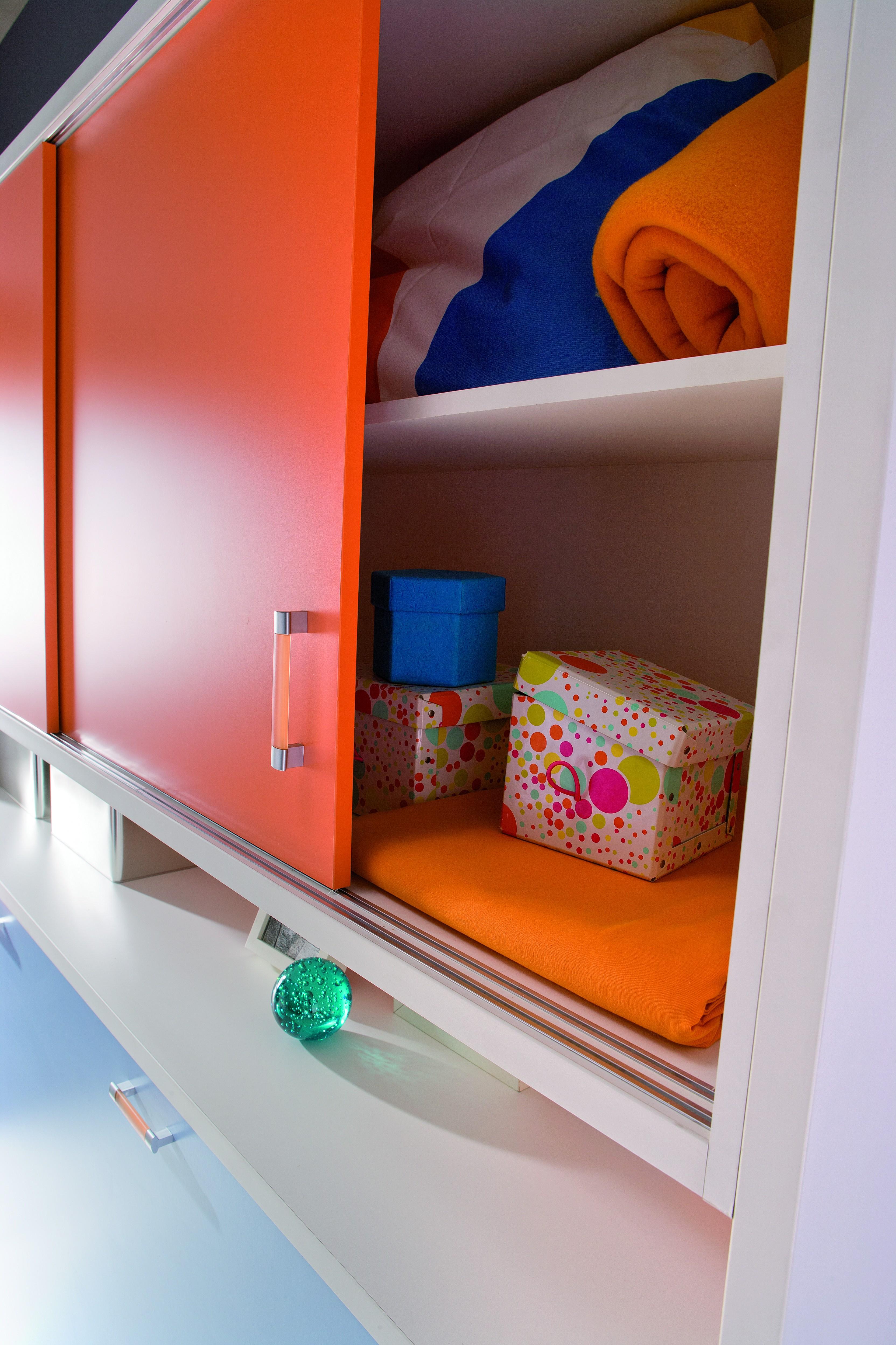 C mo mantener el orden en pisos peque os muebles orts blog for Muebles piso pequeno